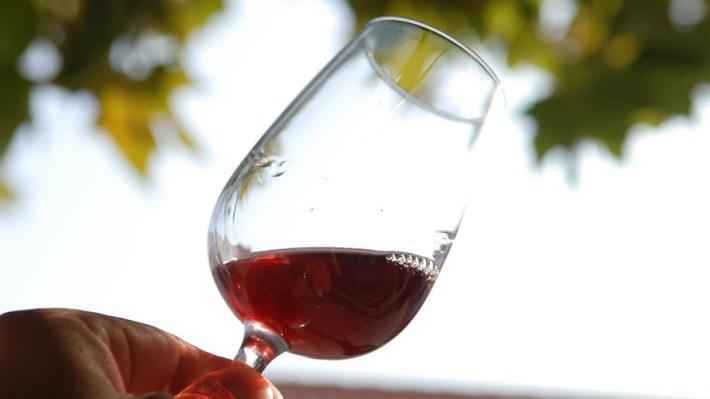 O que é o açúcar residual no vinho capa
