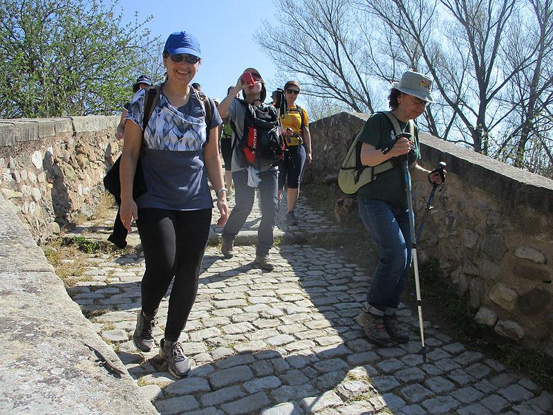 Camí de Sant Jaume: Vall d'en Bas - L'esquirol - Vic 49 - 18 i 19 de març de 2017