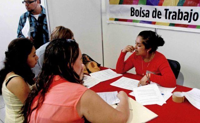 Crece en agosto empleo permanente y trabajo formal en mujeres a cifras históricas