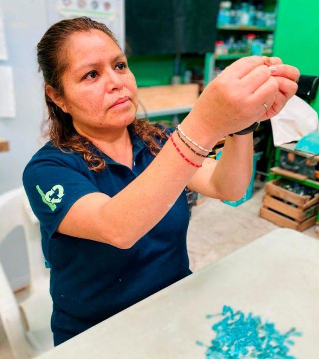 Sociedad civil busca combatir la desigualdad laboral femenina