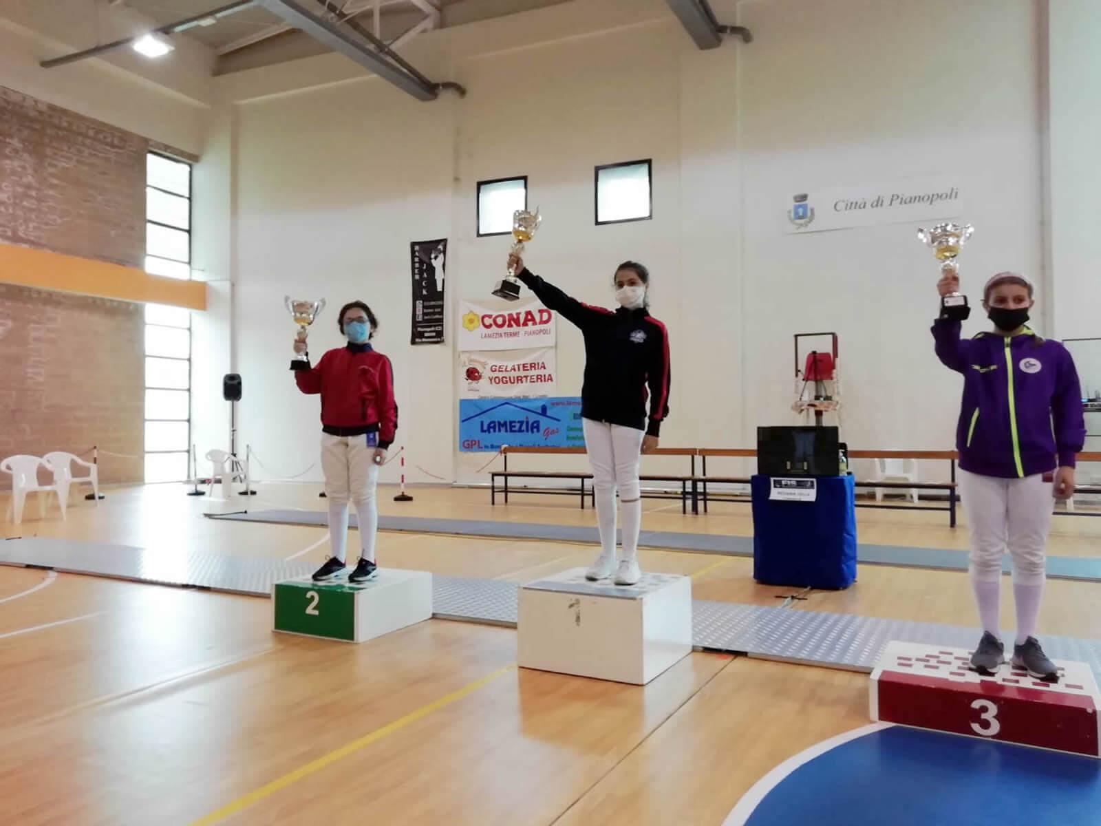 Seconda prova di qualificazione GPG: il podio di spada cat. Bambine