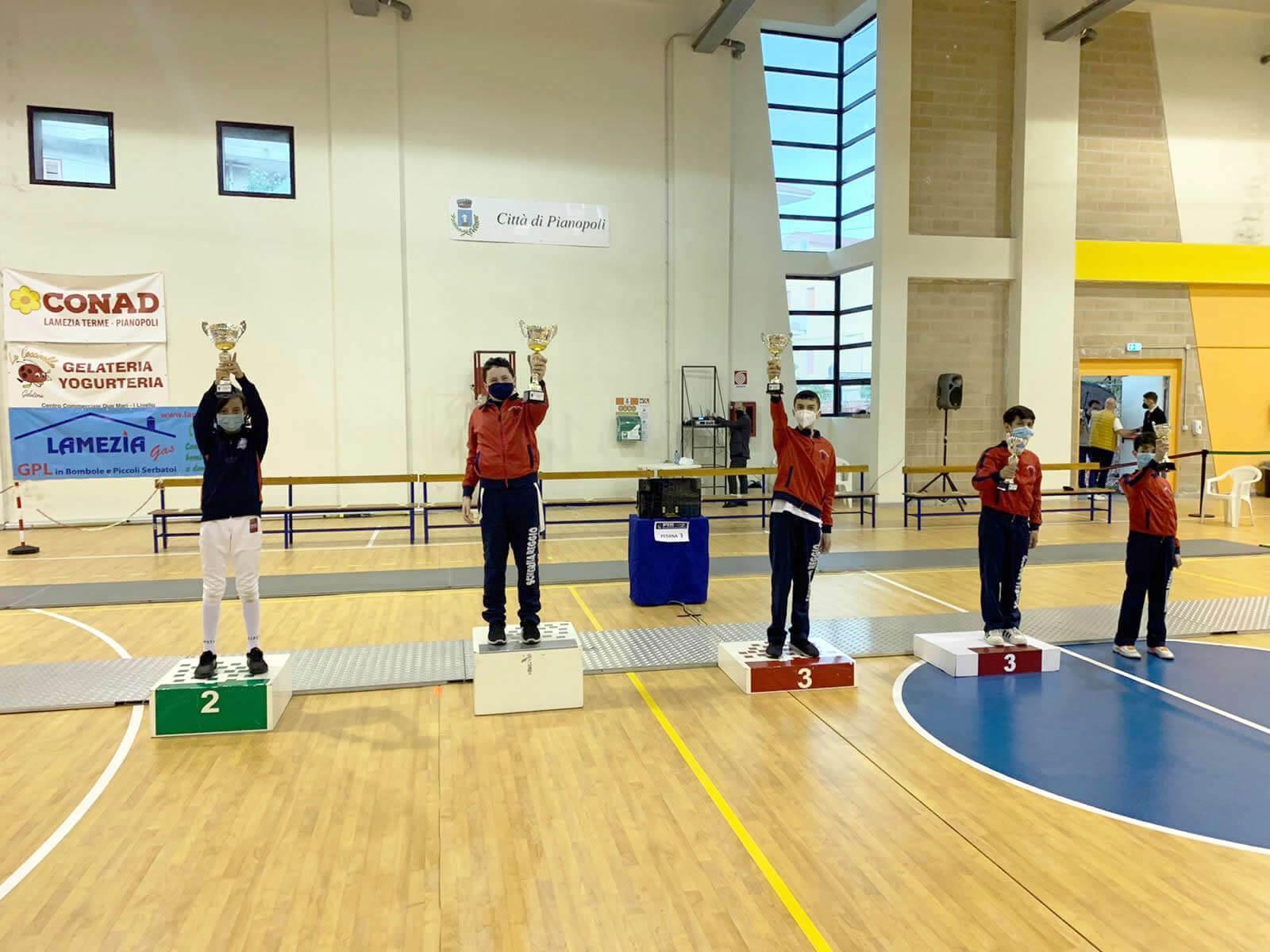 Seconda prova di qualificazione GPG: il podio di spada cat. Giovanissimi