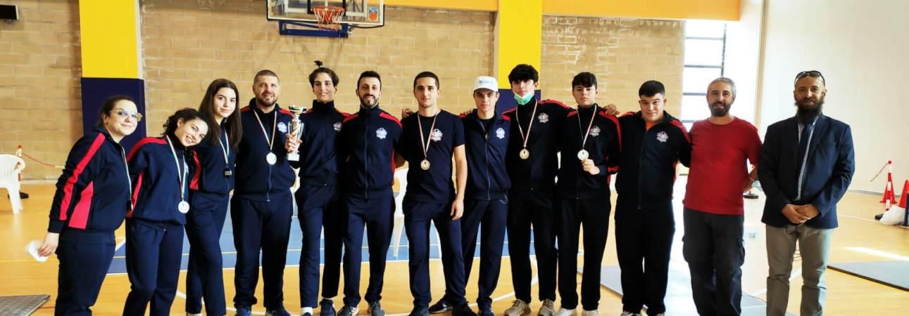 Prima Prova di qualificazione regionale Assoluti di spada 2021: la delegazione del Club Scherma Cosenza