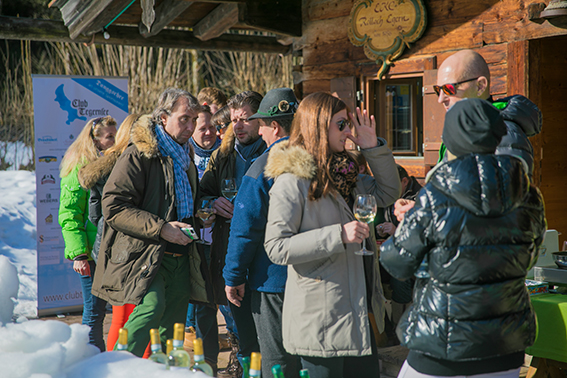 Club_Tegernsee_Eisstockschiessen_2017__236_von_364_