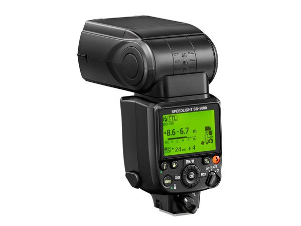 Nikon SB-5000, primul blitz Nikon cu comunicare radio integrata