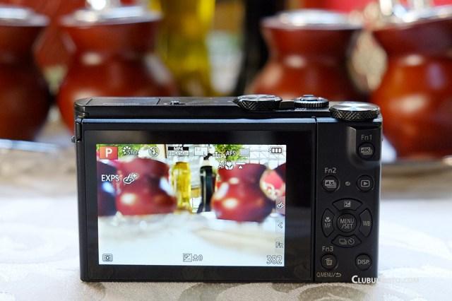 Panasonic LX5 compact cu filmare 4K