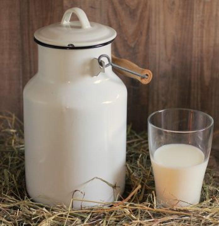 10 argumente pro și contra consumului de lapte