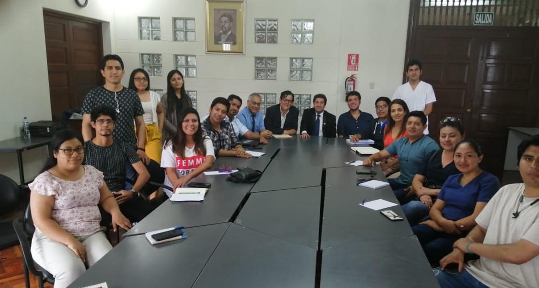 CMP A TRAVÉS DE SU COMITÉ MÉDICO JOVEN NACIONAL PONE EN AGENDA LA REFORMA DEL SERUMS