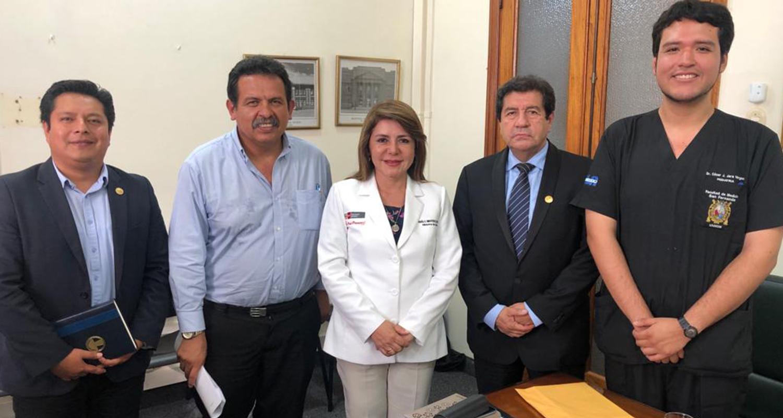 CMP Y FMP SE REÚNEN CON MINISTRA DE SALUD A FAVOR DEL RESIDENTE MÉDICO Y SERUMISTA