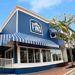 Fins Bar And Grille