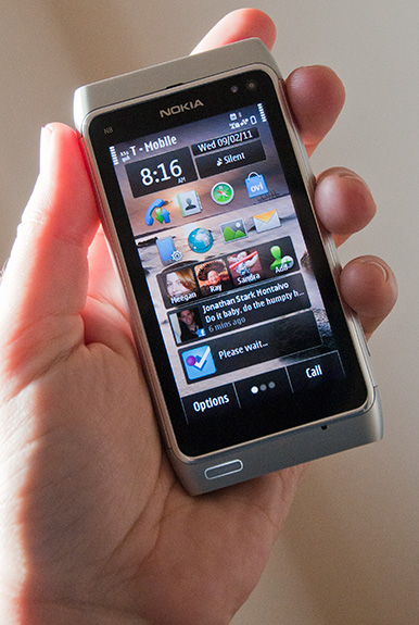 Nokia-N8-Review