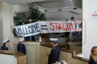 Vallone = Stalin