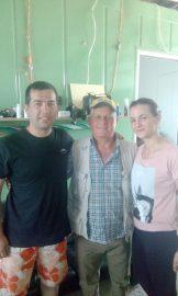 Mario i Ivana s misionarom don Nikolom Sarićem