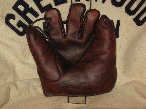 1922 Bill Doak baseball mit