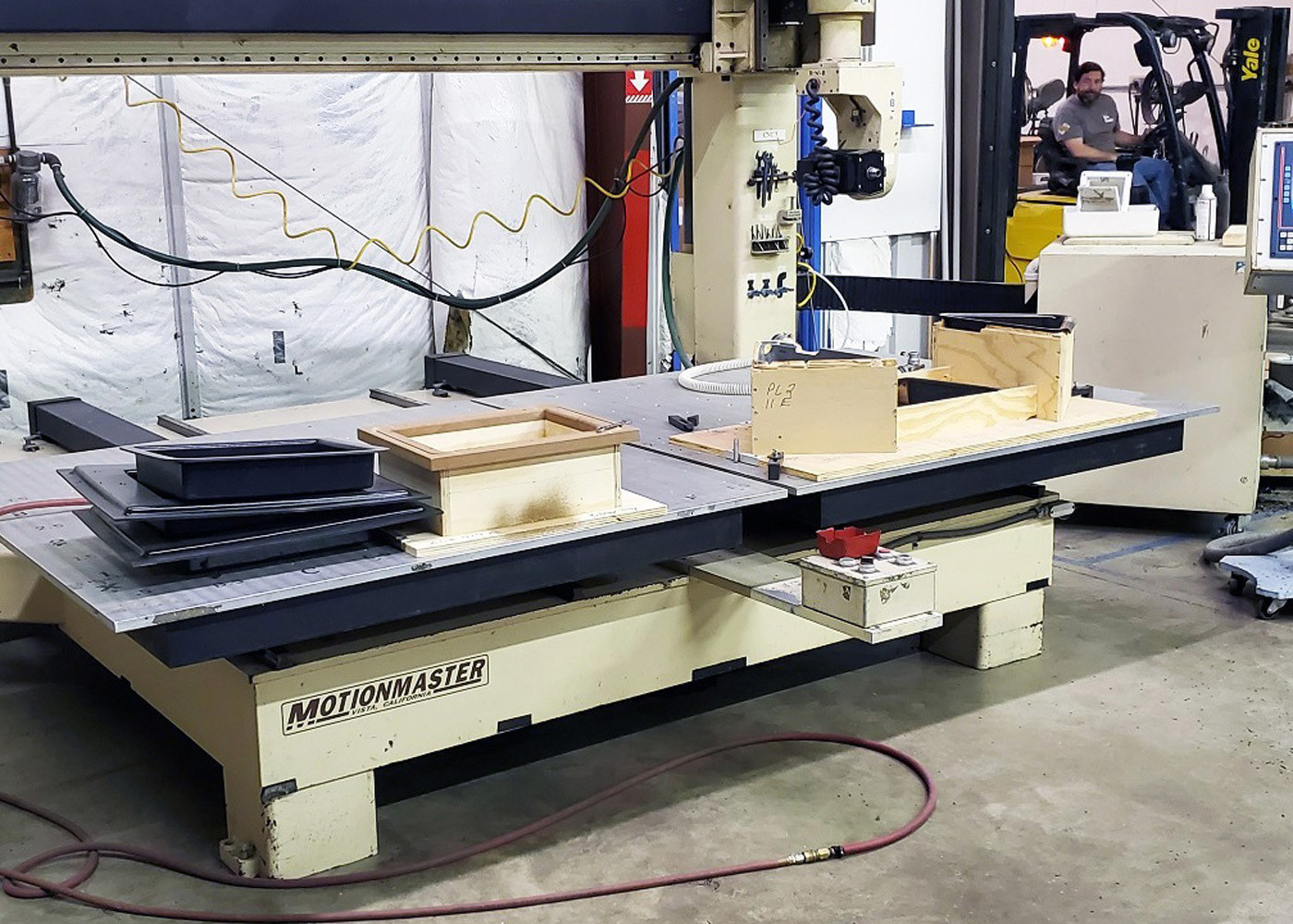 Motionmaster 5 Axis CNC Router E588