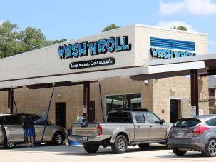 wash n roll Sign