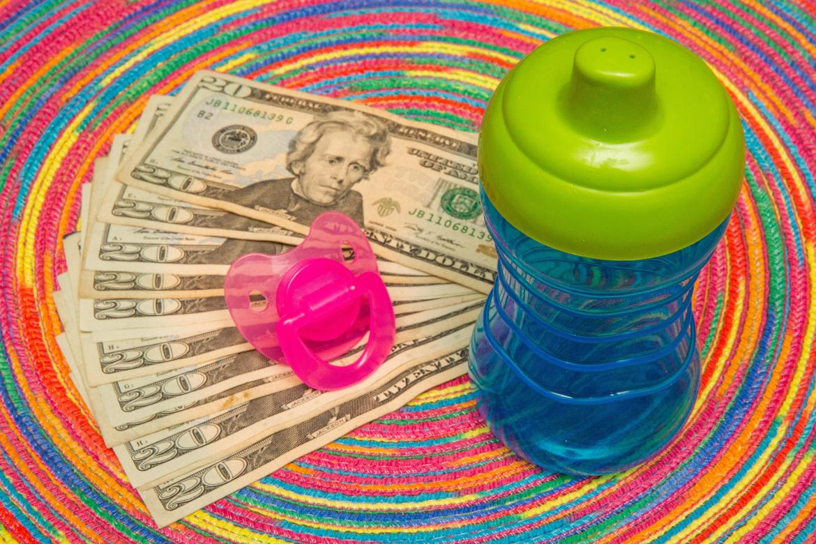 001-cash-stimulus-child-tax-credit-3600-calculator-cnet-2021-2020-federal-government-money-baby-family-pacifier-sippy