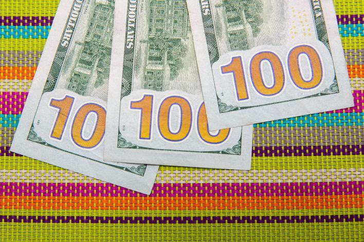 006-cash-stimulus-child-tax-credit-3600-calculator-cnet-2021-2020-federal-government-money-baby-family-pacifier-sippy