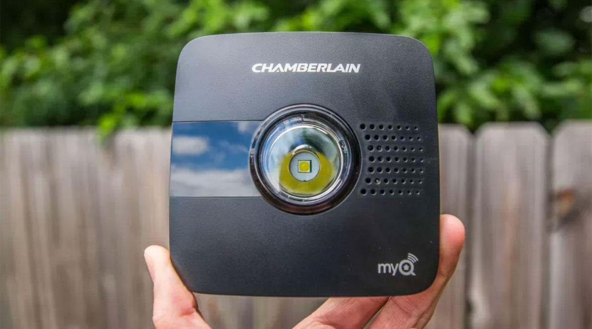 cnet-black-friday-best-buy-chamberlain-myq
