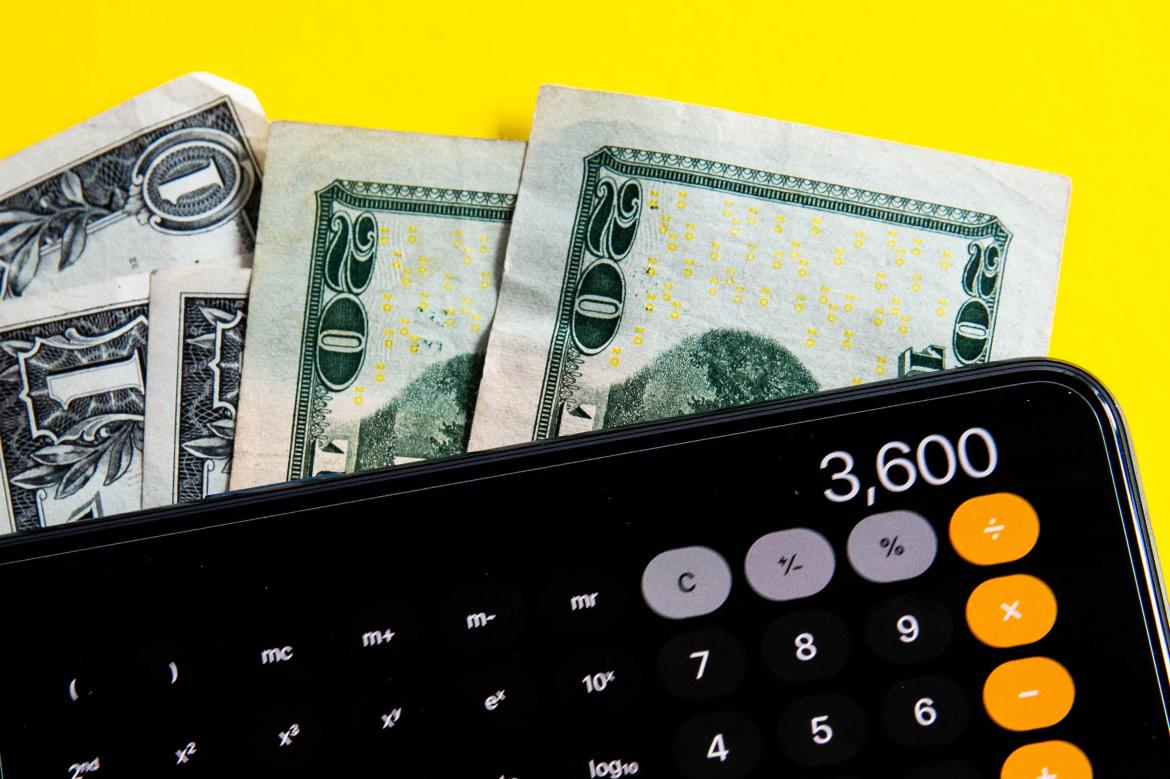002-cash-money-up-to-3600-dollar-child-tax-credit-calculator-stimulus-federal-bill-taxes