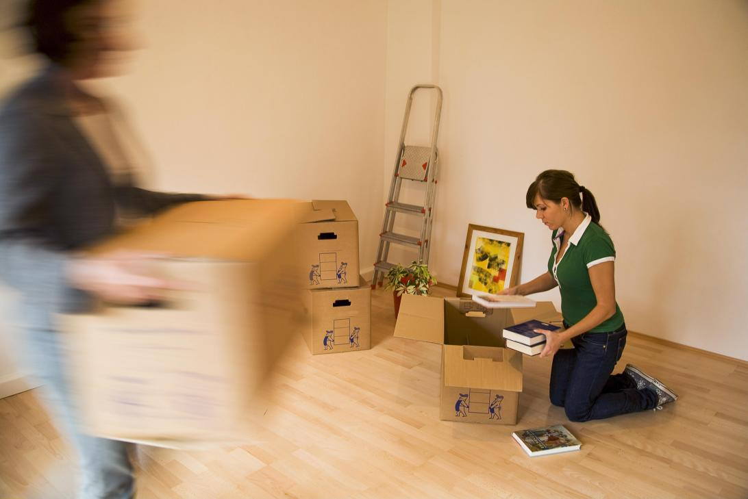 002-cnet-finance-mortgage-moving-boxes
