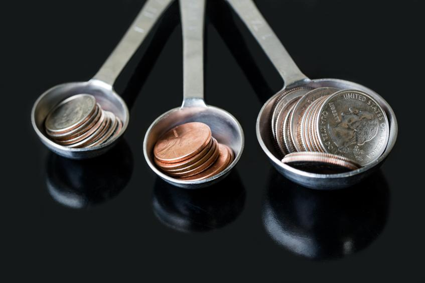 coins-measuring-spoons