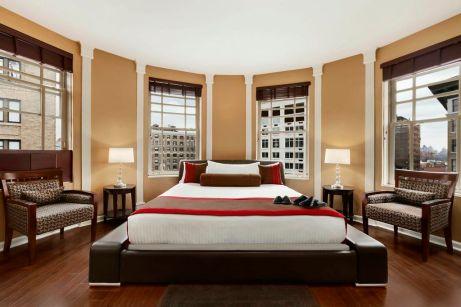 1broadway-king-room