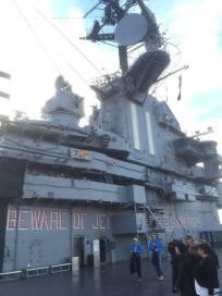 Le porte-avions USS Intrepid est amarré à New York depuis 1982. (Photo Laurence Bajeux)
