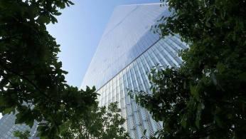 Au pied de la One World Trade Center. (Photo Smain Stanley)