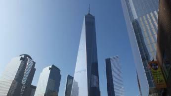 La tour s'élève à 541 mètres de haut ! (Photo Smain Stanley)