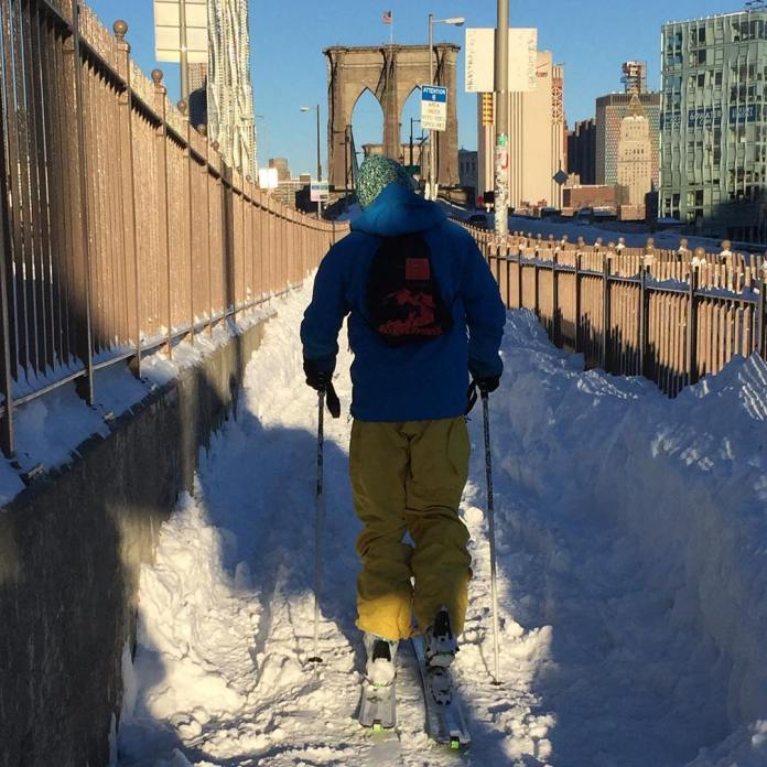 Le pont de Brooklyn en mode sport d'hiver. (Photo Outdoorfest)