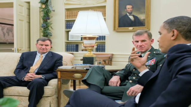 Gen. David Petraeus to replace McChrystal, source says.