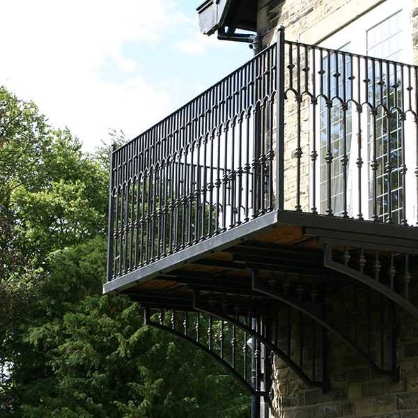 2019 Popular Wrought Iron Modern Balcony Railing Designs | Contemporary Wrought Iron Railings | Victorian | Stainless Steel | Glass | Wood | Decorative