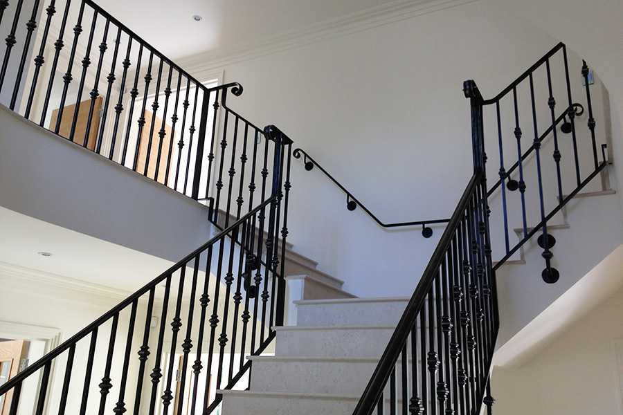 Custom Factory Supply Black Indoor Decor Stairs Iron | Stair Banisters For Sale