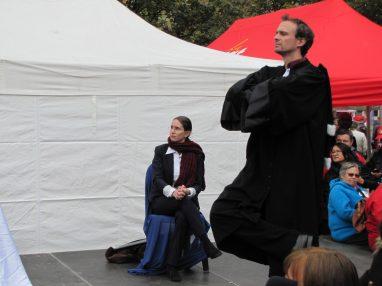 Rassemblement du 16 octobre 2015 à Annecy en soutien à l'inspectrice du travail Laura Pfeiffer et au lanceur d'alerte