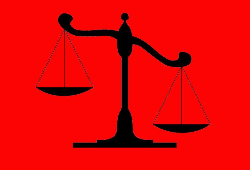 balance-justice-classe-injustice