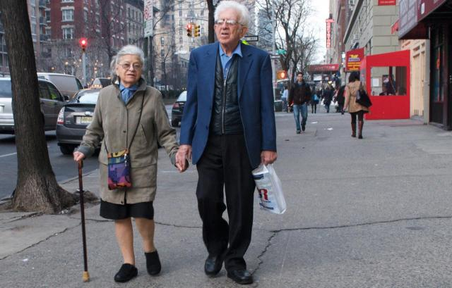 Seniors walking in Manhattan. Ed Yourdon on Flickr via Creative Commons.