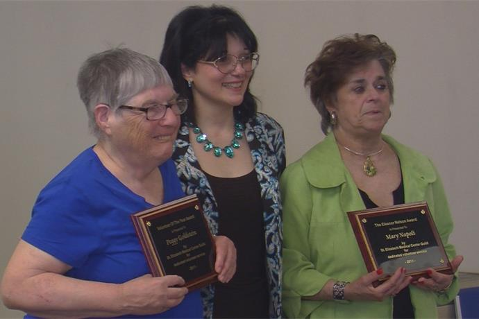St. Elizabeth's Medical Center honors their volunteers _-3094202214536429420