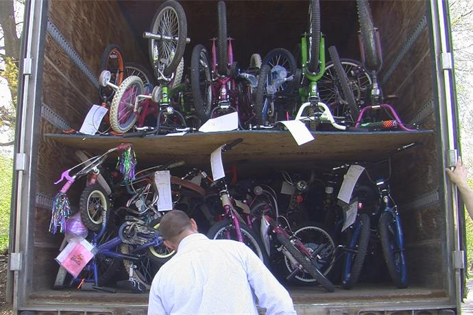 Build A Bike collecting new & used bikes to give away to youth in community_4546291986007476304