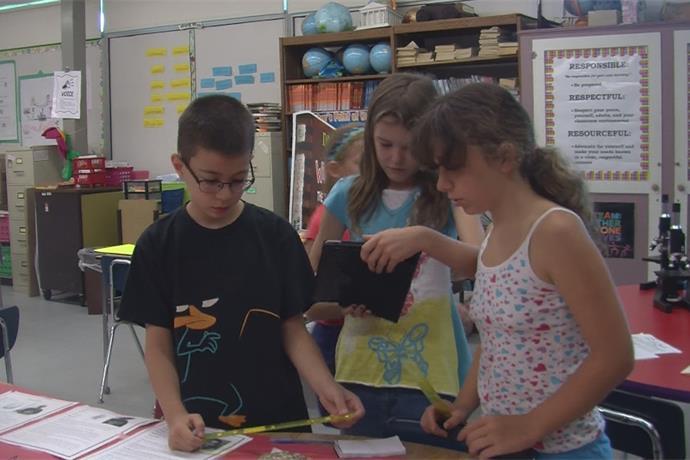 CSI Camp Helps Keep Kids' Minds Sharp Over Summer Vacation _-59265365769958088