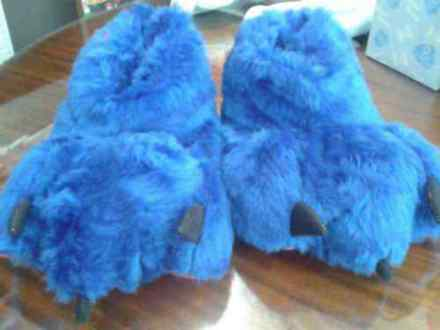 Image pantuflas-de-peluches-hombre-mujer-garras-para-adultos-14998-MLA20093576397_052014-O.jpg