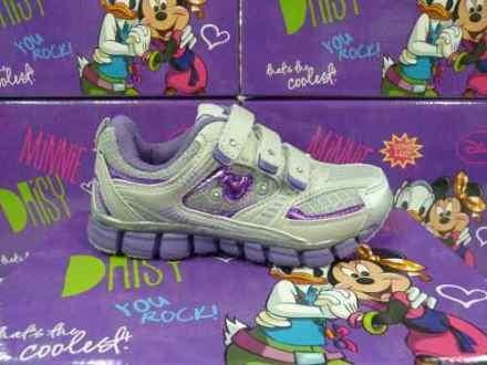 Image disney-zapatillas-running-para-ninas-con-luz-talles-23-al-30-18111-MLA20150423799_082014-O.jpg