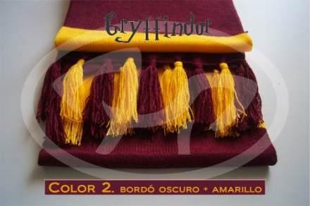 http://articulo.mercadolibre.com.ar/MLA-604249797-bufanda-de-harry-potter-casa-gryffindor-doble-vuelta-lana-_JM