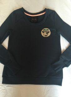 http://articulo.mercadolibre.com.ar/MLA-608992775-buzo-mujer-rustico-_JM