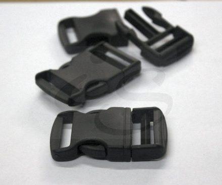 http://articulo.mercadolibre.com.ar/MLA-609328050-hebillas-plasticas-para-mochilas-y-bolsos-pase-30-x-250-un-_JM