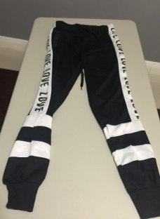 http://articulo.mercadolibre.com.ar/MLA-617495458-pantalones-joggins-love-importados-estilo-victoria-secret-_JM