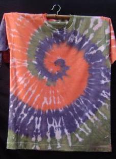 http://articulo.mercadolibre.com.ar/MLA-614557202-remeras-egresaditos-batik-hippies-espiral-coloridas-tie-dye-_JM