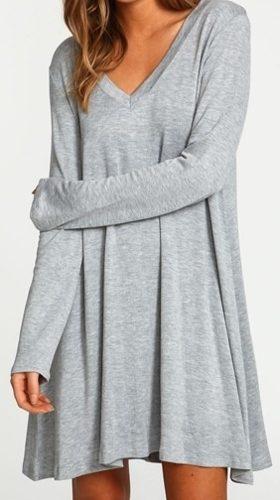 http://articulo.mercadolibre.com.ar/MLA-608372111-vestido-remeron-escote-v-y-manga-larga-estilo-urbana-_JM
