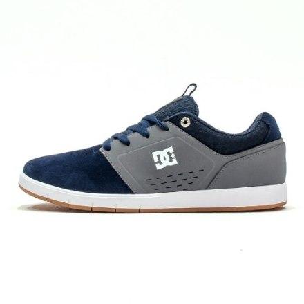 http://articulo.mercadolibre.com.ar/MLA-616253306-dc-zapatillas-cole-signature-nvy-descuento-_JM