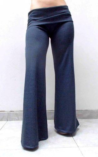 http://articulo.mercadolibre.com.ar/MLA-614711619-pantalon-embarazadas-de-jean-super-comodos-azulnegrocele-_JM